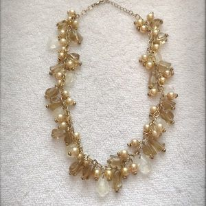 Jewelry - Gold/Amber Beaded Necklace